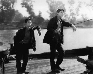 Steamboat_Bill,_Jr_(1928)_1