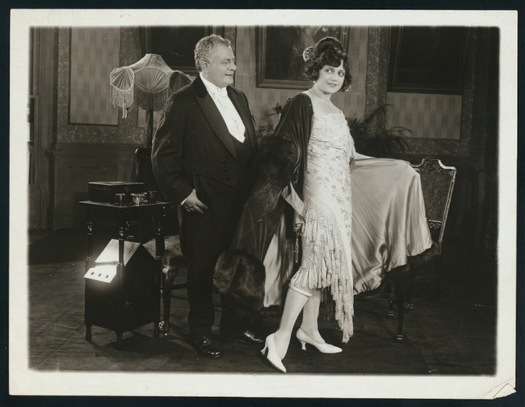 Adolph Philipp and Marie Pagano in The Midnight Girl (1919)